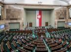 Podwyżki dla nauczycieli i zaostrzone kary za pedofilię. Oto najważniejsze zmiany przyjęte przez Sejm