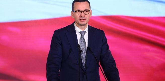W wygłoszonym w piątek orędziu premier Morawiecki wskazywał, że w najbliższych dniach będziemy świętować setną rocznicę odzyskania przez Polskę niepodległości.
