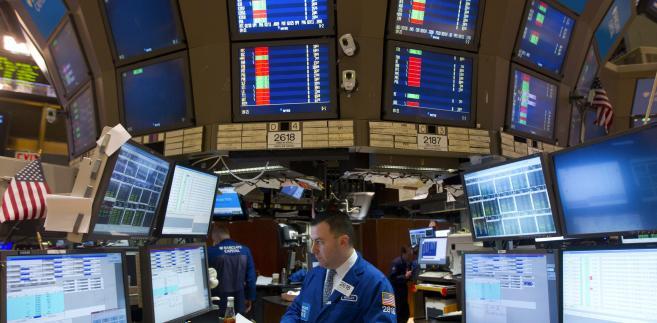 Analitycy zwracają uwagę, że na giełdzie panuje optymizm mimo nadal poważnego kryzysu fiskalnego w USA.