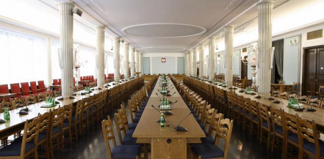 Według projektodawców, przepisy te mają na celu udoskonalenie jakości polskiego sądownictwa.