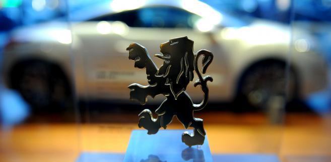 PSA Peugeot Citroen jest zdecydowany zachować pełną kontrolę nad swym finansowym oddziałem, Banque PSA Finance.