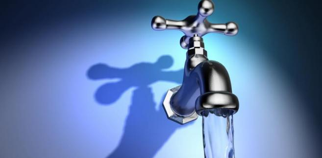 Jak wynika z danych GUS, w pierwszym półroczu wśród 150 przedsiębiorstw pobierających i uzdatniających wodę oraz dostarczających ją do odbiorców aż 59 miało ujemną rentowność.